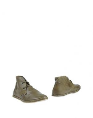 Полусапоги и высокие ботинки YAB. Цвет: зеленый-милитари