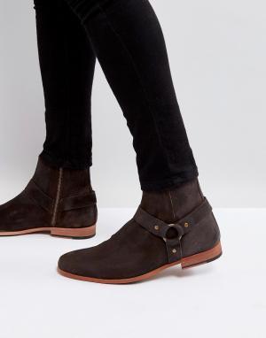 ASOS Коричневые кожаные ботинки челси с металлическими пряжками. Цвет: коричневый