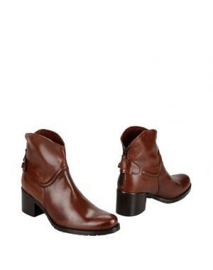 Полусапоги и высокие ботинки GEORGE J. LOVE. Цвет: какао