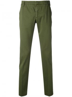 Укороченные брюки-чинос Entre Amis. Цвет: зелёный