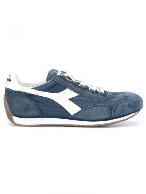 Кроссовки с контрастными вставками Diadora. Цвет: синий