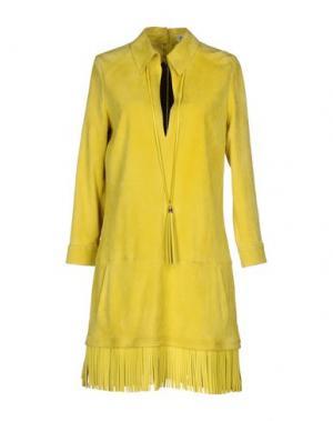 Короткое платье JITROIS. Цвет: кислотно-зеленый