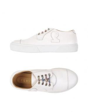 Низкие кеды и кроссовки L'F SHOES. Цвет: белый