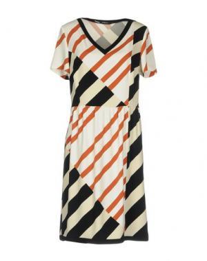 Короткое платье SUPERIOR. Цвет: коричневый