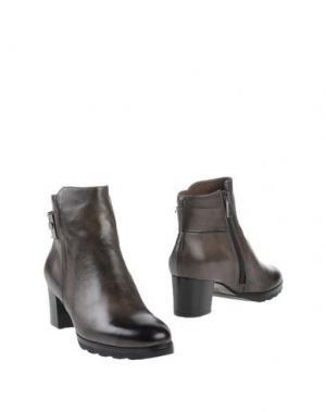 Полусапоги и высокие ботинки CALPIERRE. Цвет: бронзовый