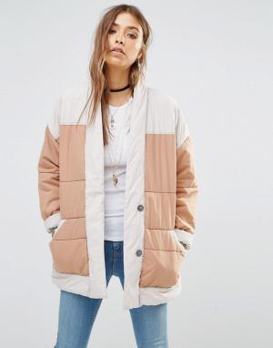 Free People Стеганая куртка в стиле колор блок. Цвет: бежевый