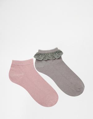 Lovestruck 2 пары носков с кружевной отделкой. Цвет: серый