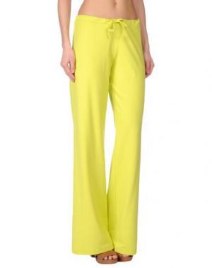 Пляжные брюки и шорты FISICO. Цвет: кислотно-зеленый