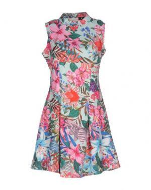 Короткое платье CUTIE. Цвет: светло-зеленый