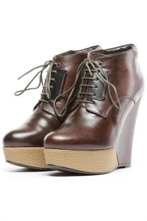 Ботинки Ita. Цвет: коричневый