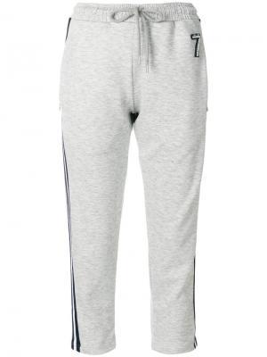Укороченные спортивные брюки Markus Lupfer. Цвет: серый