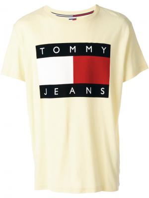 Футболка с логотипом Tommy Jeans. Цвет: жёлтый и оранжевый