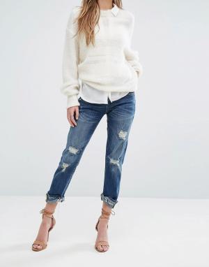 BLANK NYC Укороченные джинсы с необработанным краем и прорехами. Цвет: синий