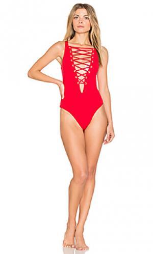 Цельный купальник в рубчик tide Beach Bunny. Цвет: красный