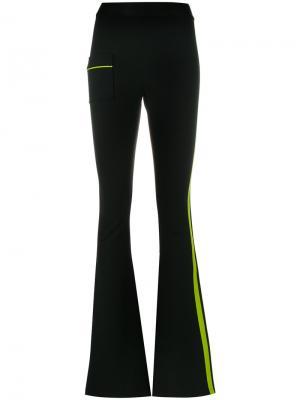 Спортивные брюки клеш с полосками Ssheena. Цвет: чёрный