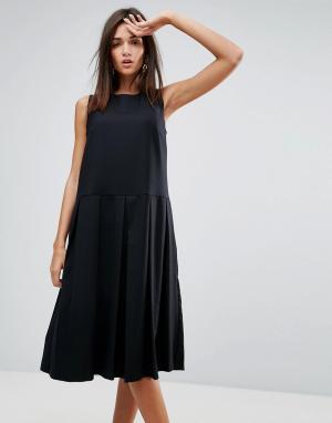 YMC Платье с добавлением шерсти и плиссировкой. Цвет: черный
