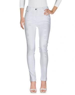 Джинсовые брюки SWEET SECRETS. Цвет: белый