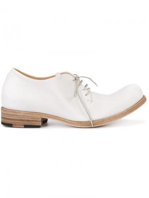 Классические туфли на шнуровке Ma+. Цвет: белый