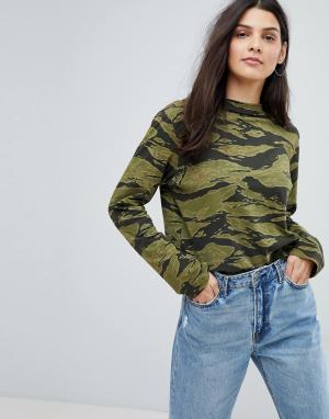 MiH Jeans Камуфляжный трикотажный топ оверсайз. Цвет: зеленый
