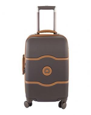 Чемодан/сумка на колесиках DELSEY. Цвет: темно-коричневый