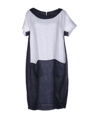 Короткое платье CLUB VOLTAIRE. Цвет: белый