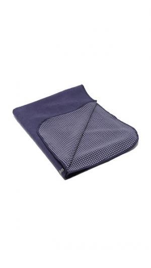 Полотенце для горячей йоги adidas by Stella McCartney