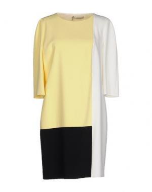 Короткое платье AQUILANO-RIMONDI. Цвет: желтый