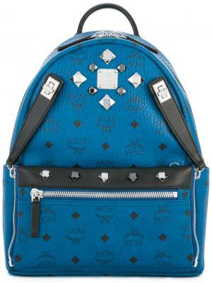Рюкзак с зклепками MCM. Цвет: синий