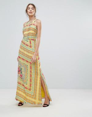 Uttam Boutique Платье макси с цветочным принтом. Цвет: мульти