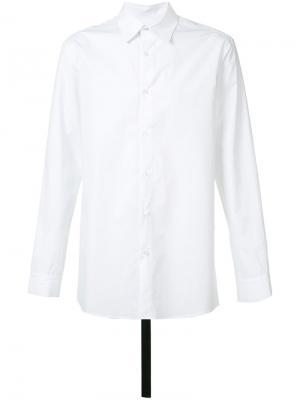 Рубашка с ремешком на спине D.Gnak. Цвет: белый