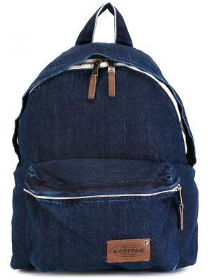 Рюкзак с карманом на молнии Eastpak. Цвет: синий
