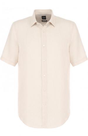 Льняная рубашка с короткими рукавами BOSS. Цвет: кремовый