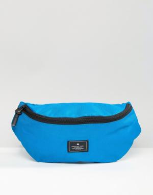 ASOS Синяя сумка-кошелек на пояс с нашивкой. Цвет: синий