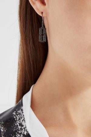 Моно-серьга Бритва Caviar Jewellery. Цвет: серый