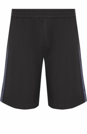 Хлопковые шорты свободного кроя с контрастными лампасами No. 21. Цвет: черный