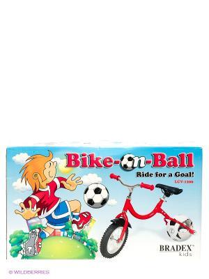 Беговел с колесом в виде мяча ВЕЛОБОЛЛ BRADEX. Цвет: красный