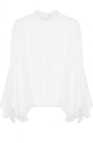 Полупрозрачная шелковая блуза с воротником-стойкой Alice + Olivia. Цвет: белый