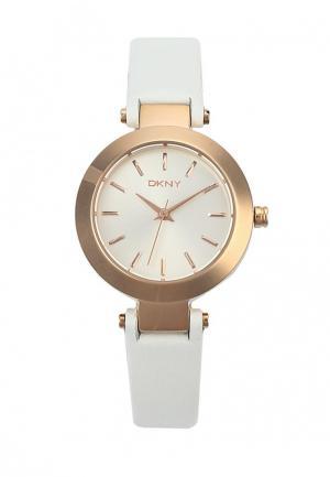 Часы DKNY. Цвет: белый