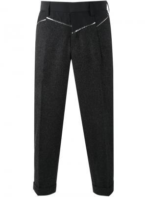 Укороченные брюки с панельным дизайном Kolor. Цвет: серый