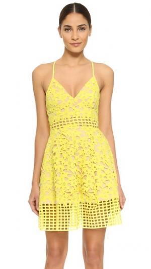 Платье Bellini Lovers + Friends. Цвет: ярко-желтый