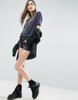 ASOS Черные джинсовые шорты с заниженной талией. Цвет: черный
