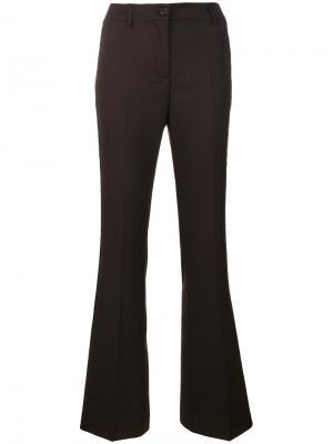 Расклешенные брюки с заклепками P.A.R.O.S.H.. Цвет: коричневый