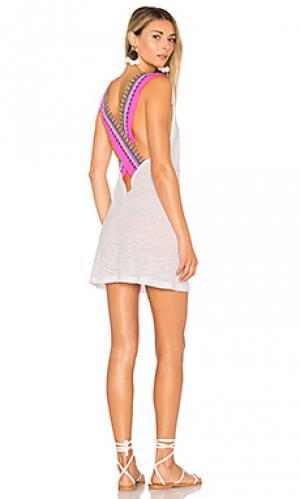 Платье с перекрестными шлейками сзади Pitusa. Цвет: белый