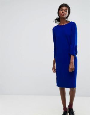 Essentiel Antwerp Платье с оборкой. Цвет: синий