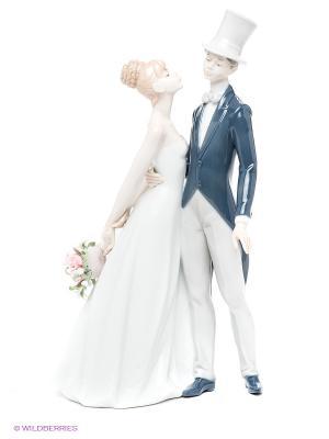 Статуэтка Молодожены Pavone. Цвет: белый, темно-синий, светло-серый