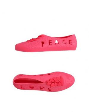 Низкие кеды и кроссовки F-TROUPE. Цвет: красный