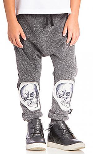Широкие брюки patch md skull Nununu. Цвет: уголь