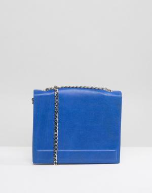 Urbancode Кожаная квадратная сумка с ремешком-цепочкой. Цвет: синий