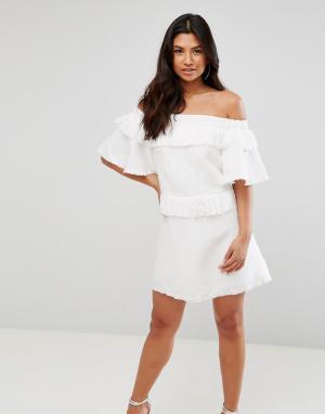 Talulah Платье мини. Цвет: белый