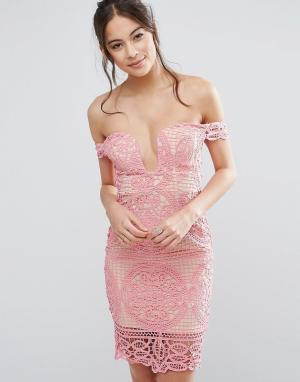 Love Triangle Платье мини с широким вырезом в форме сердца. Цвет: розовый